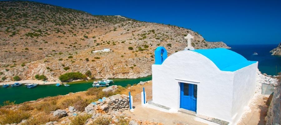 Kleine Kapelle in der Bucht Insel Kalymnos Griechenland