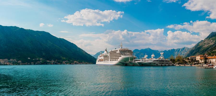 TUI Cruises ADRIA MIT KORFU, Kotor (Montenegro) Hafen, Kotor (Montenegro) panorama