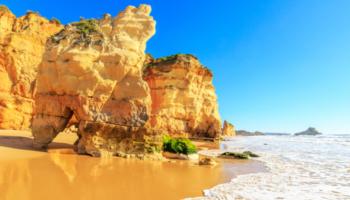 Roadtrip Portugalinkl. Mietwagen, 4*Hotels, Flüge mit 300 € Preisvorteil & 0 € Anzahlung